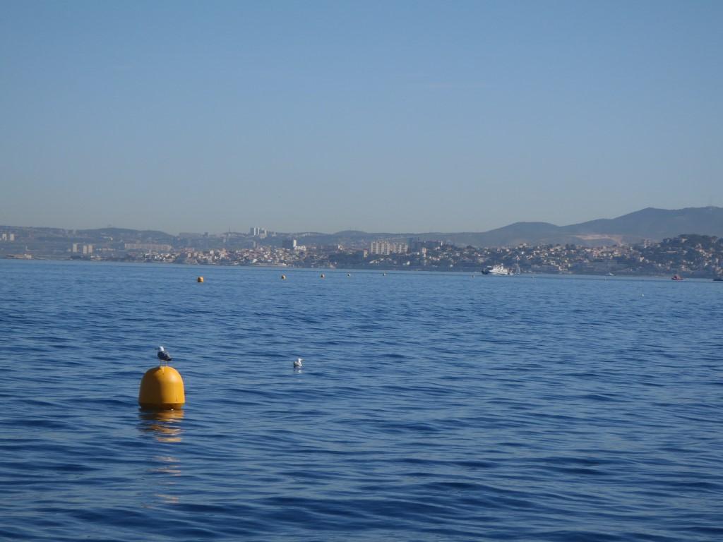 Au loin, le centre de Marseille